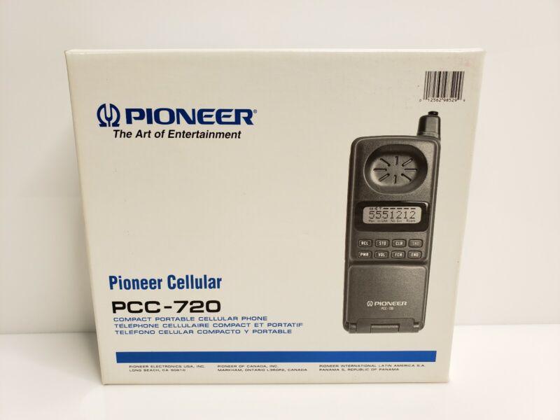 Vintage 1991 Pioneer Compact Portable Cellular Flip Phone PCC-720 Motorola USA