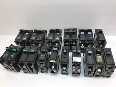 Lot Of Circuit Breakers Siemens Bryant Challenger Type Op 20a 30a
