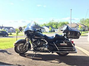 Harley FLHTC