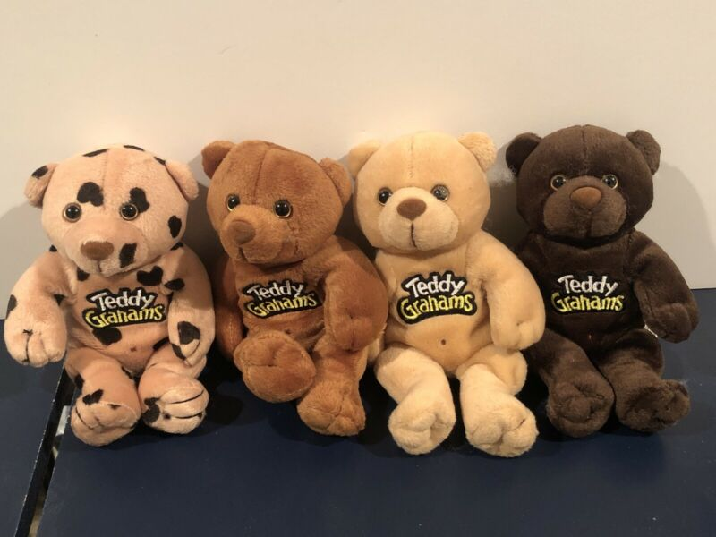 Nabisco Teddy Graham Bears -  Set Of 4. New From Fresh Case