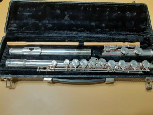 vintage Artley 18-0 Silverplate Flute with case Very Good Condition