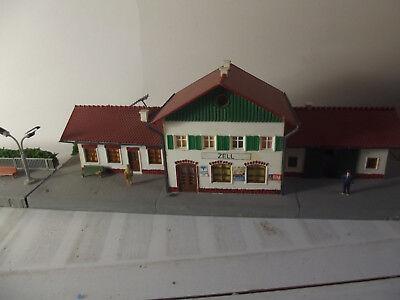 Kibri Bahnhof und Bahnsteig Zell H0 mit Licht (27-5), gebraucht gebraucht kaufen  Ronnenberg