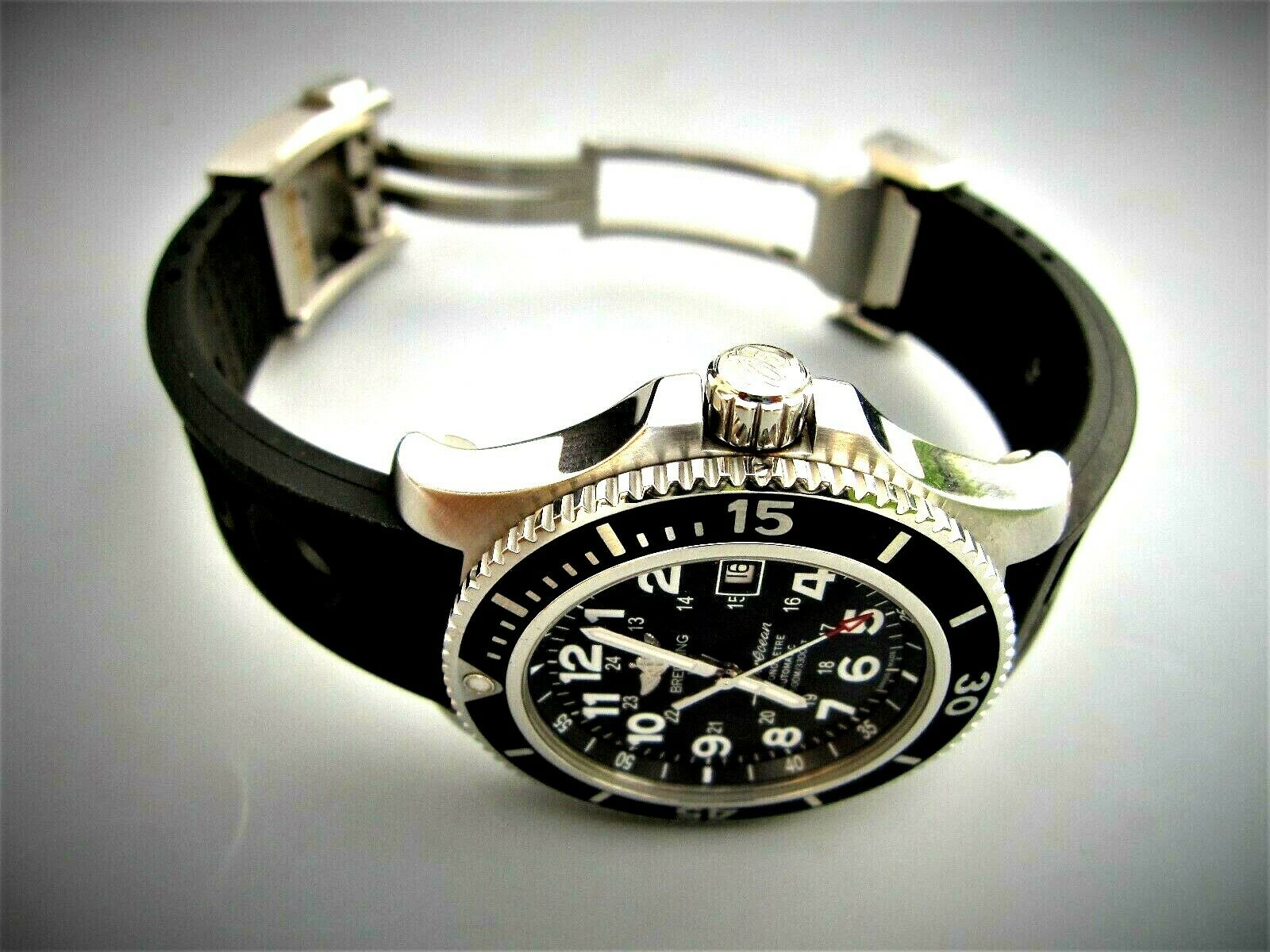 Breitling SUPEROCEAN 2 Volcano Stainless steel Automatic Diver A17342 black dial - watch picture 1