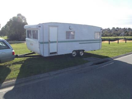 Caravans and Camper Trailers Berwick Casey Area Preview