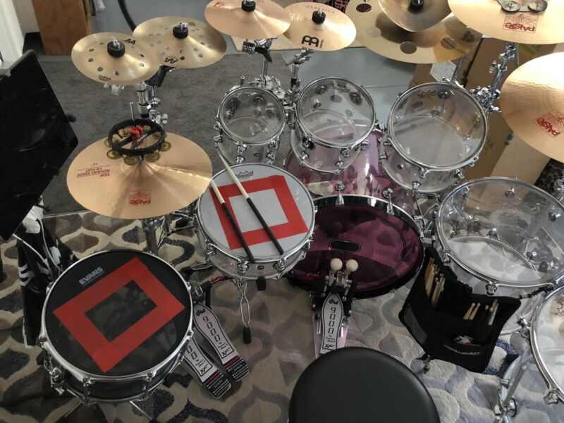"7-Piece DW-Drum Set Clear 8"",10"",12"",16"",18"",22"" 14""X 6"" Snare $1759.00 (OBO)"