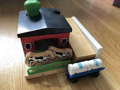 Thomas & Friends Wooden Railway Train Sodor Dairy Farm Set
