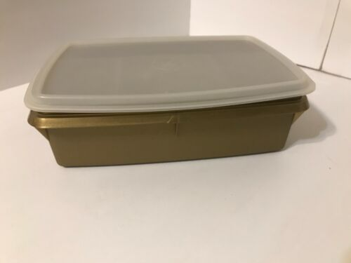 VINTAGE TUPPERWARE TUPPERCRAFT GOLD STOW-N-GO STORAGE CRAFT CONTAINER 767-2