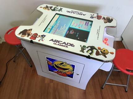 ARCADE COCTAIL WITH 412 CLASSIC GAMES LAY BY NOW FOR XMAS