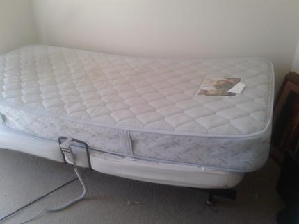 PLEGA single adjustable bed