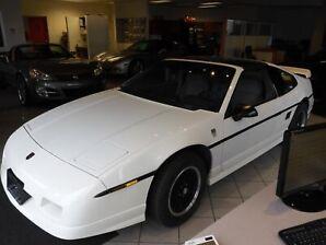 1988 Pontiac Fiero -