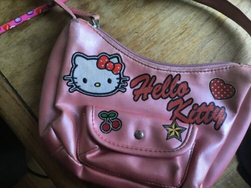 Pink Vintage Y2K Hello Kitty Purse