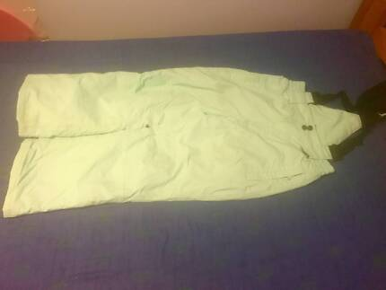 SNOW SKI PANTS CHILDREN SIZE 8 EXCELLENT CONDITION