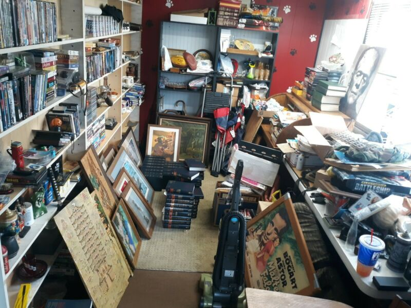 JUNK DRAWER JUNK BOX BUSINESS ANTIQUES COLLECTIBLES & MORE BUSINESS FOR SALE