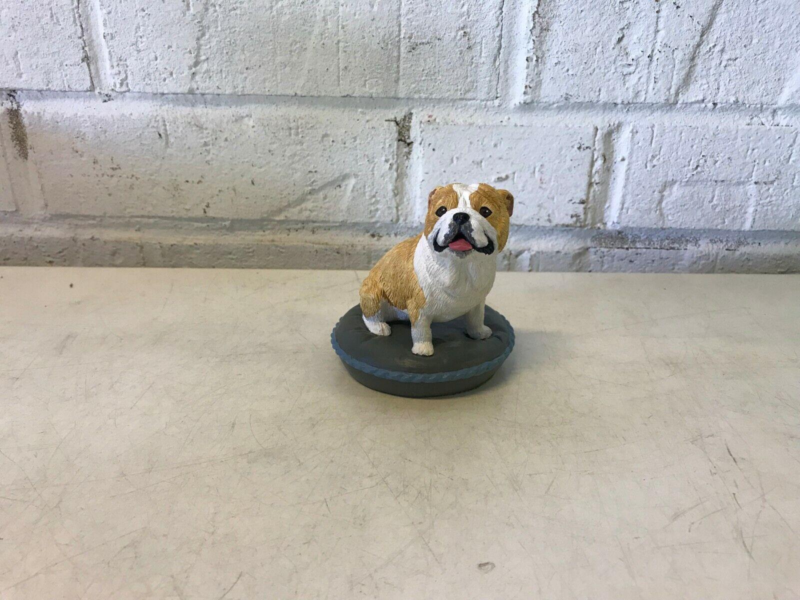 Bulldog anglais figurine assis sur un oreiller résine sks original 1991