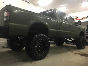 Lifted 2002 f-350 7.3