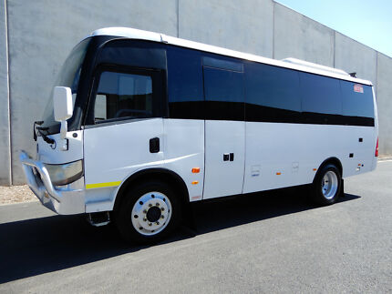 Brahman  Traveller CDS Mini bus Bell Park Geelong City Preview