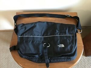 North Face Messenger Base Camp Large 25 Litres Bag​