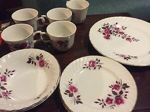 29 piece China set with gold rim Ridgway Ironstone