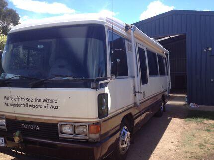 1988 coaster imported motorhome will trade on van cash adjustm