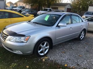 2009 HYUNDAI SONATA SPORT!! HEATED SEATS! MOON ROOF!