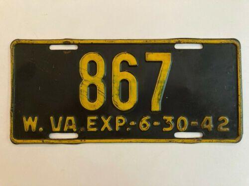 1942 West Virginia License Plate All Original Paint Low Number 3 Digit #867