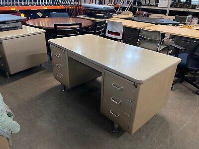Vintageold Style Tank Desk By Steelcase Office Furniture In Beige Metal