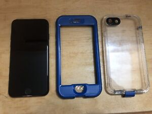 iPhone 7 black 128gb and Lifeproof Nuud Case