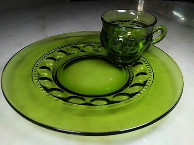 Indiana Glass Green King's Crown Thumbprint Plates with  Cups. Mint Condition!
