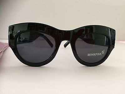 MINK PINK TOUGHEN UP SUNGLASSES (Mink Pink Sunglasses)