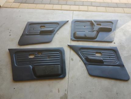 E30 BMW sedan door cards