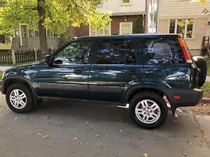 Honda CR-V 1997 AWD,good engine and transmission $2,000 asking ,