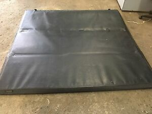 Hard folding Tonneau Cover off F-150