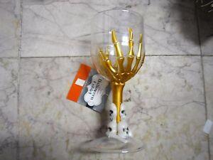 New ! Halloween Skull Goblets with Skeleton HandsWine Water Goblet Glass Plastic
