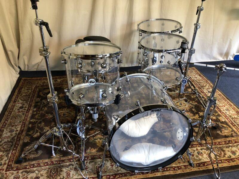 "DW Acrylic Drum Kit 14"", 16"", 18"", 22"" BD, 14"" SN"