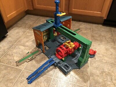 Thomas & Friends Trackmaster Spin & Fix Thomas at Sodor Steamworks W/ Stop N Go