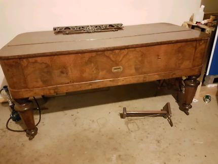 Richard Lipp Antique Piano