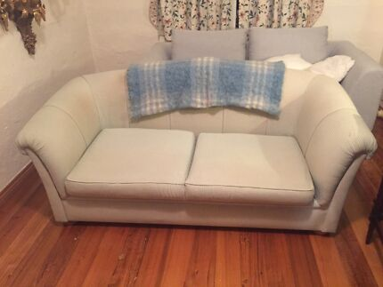 FREE COUCH -3 seater  Eltham Nillumbik Area Preview