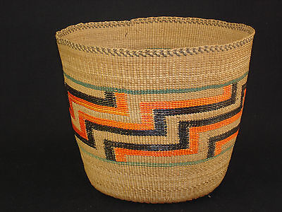 Very Nice Colorful Northwest Tlingit basket, Native American Indian, Circa: 1910