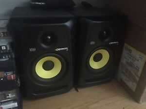 Rokit 5 musical speakers high quality sound
