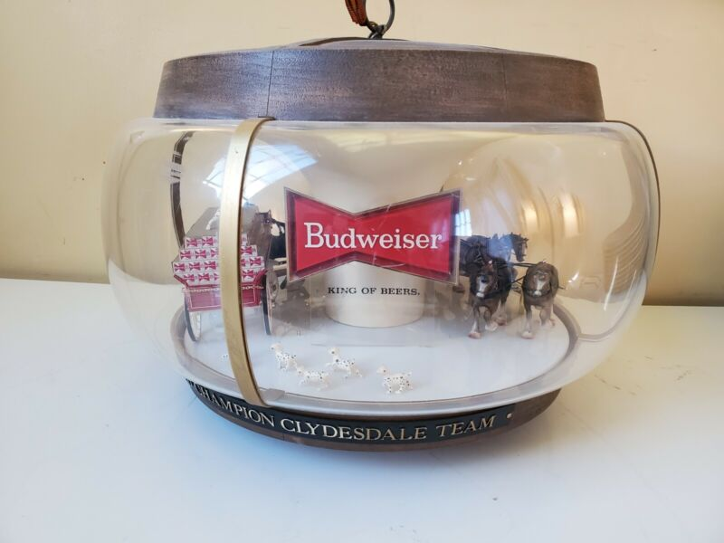 Budweiser Beer Bar Light Clydesdale Horses Beer Wagon Parade Rotating Carousel