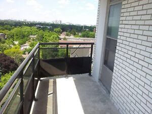 Room for female, close to Finch station, available November 1