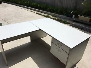L shaped office/study Desk/Table Hornsby Hornsby Area Preview