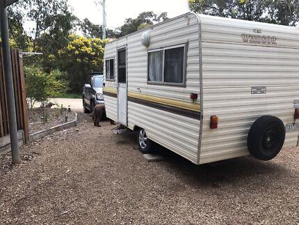 1982 Windsor Caravan