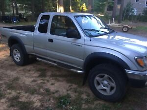 2003 Toyota Tacoma with low km