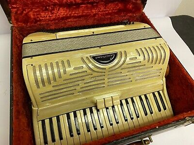 Camerano Accordion Pearl Vintage Antique w/Case
