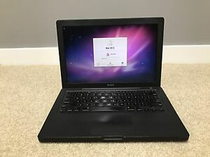 MacBook Black 2008 Model in Excellent Working Condition Cranbourne West Casey Area Preview