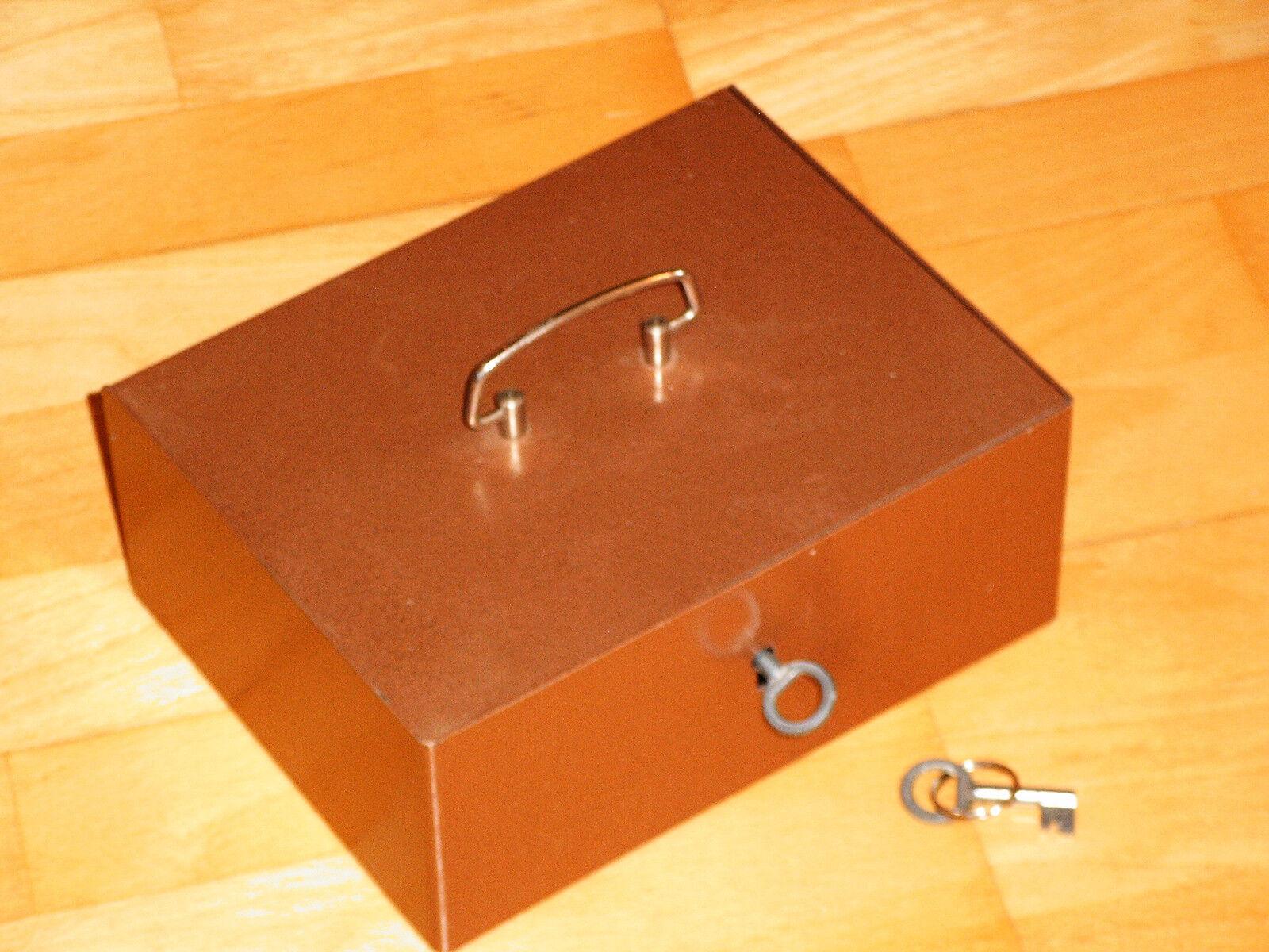 DDR Geldkassette Stahlkassette mit Bakelitt Einsatz und 2 Schlüssel TOP Zustand