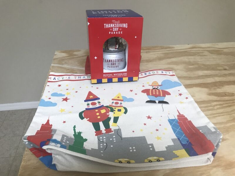 Macys Thanksgiving Day Parade 2017 Snow Globe And Tote Musical Limited Edition