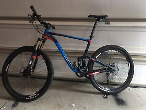 Fox 100 | New and Used Bikes for Sale Near Me in Ontario