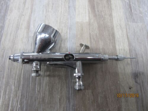 VEDA  AND CENTRAL PENUMATUC  Airbrush Gun 2 PIECES